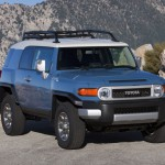 2011-Toyota-FJ-Cruiser-Front-Side